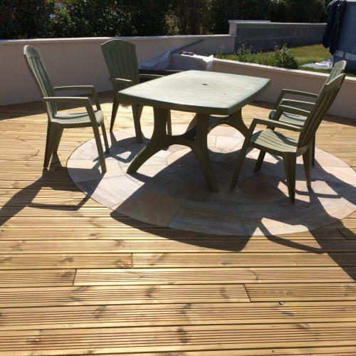 Terrasse en bois traité à coeur